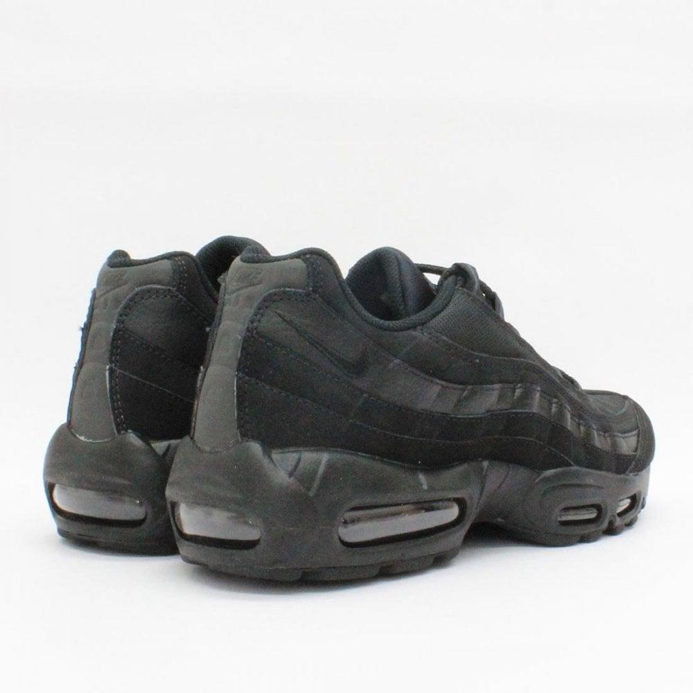 info pour f8354 ca29c NIKE TRAINERS Nike Air Max 95 Black 609048 104